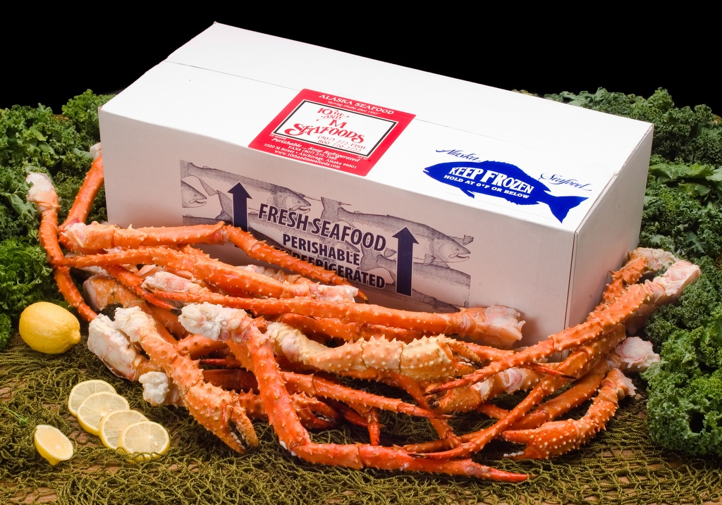 10 lbs - Jumbo Alaskan Golden King Crab Legs & Claws-0